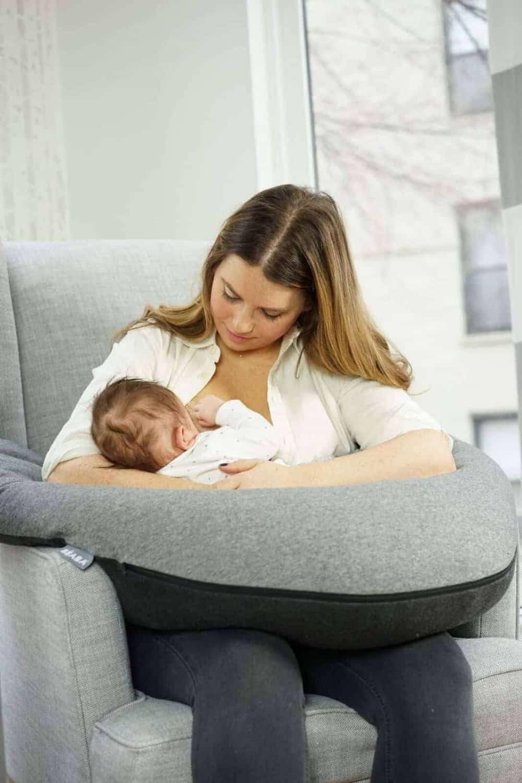 Mom breastfeeding with Big Flopsy in charcoal