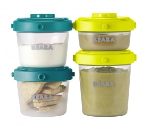 Beaba Clip Containers in peacock with puree and crackers