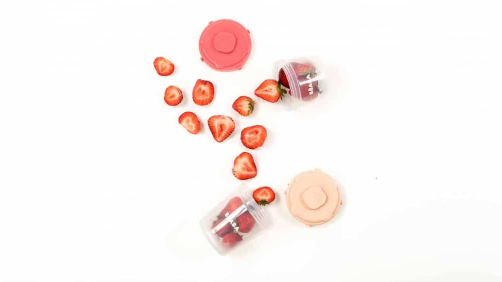 Beaba Clip Containers in Rose with strawberries