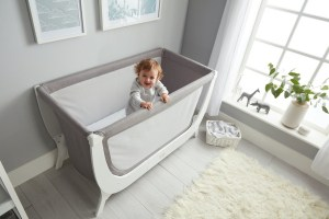 Baby In Beaba by Shnuggle Air Full Size Crib