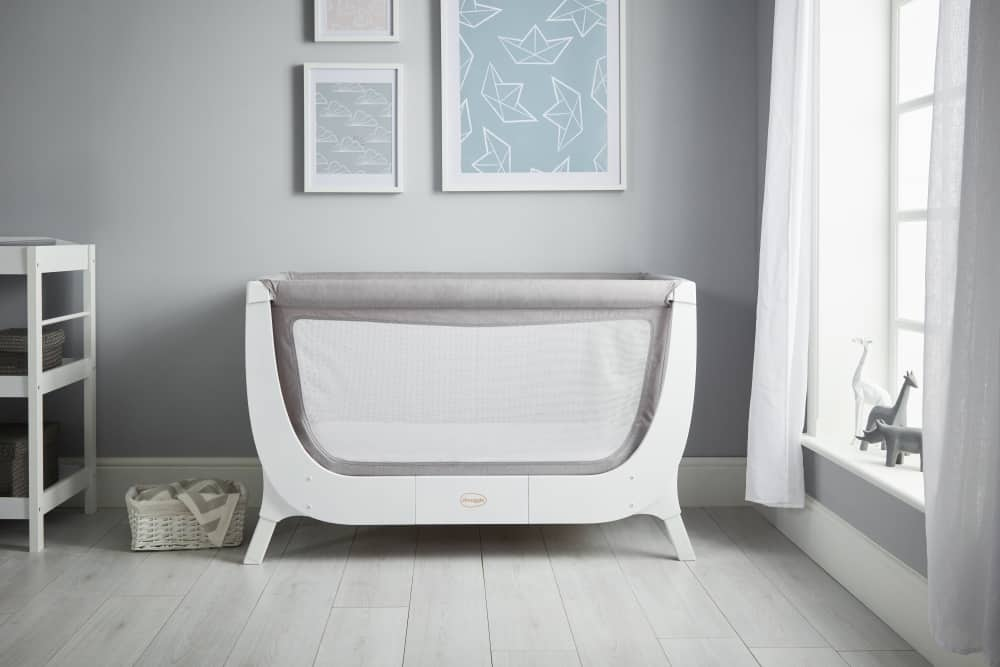 Shnuggle Air Full Size Crib In Nursery