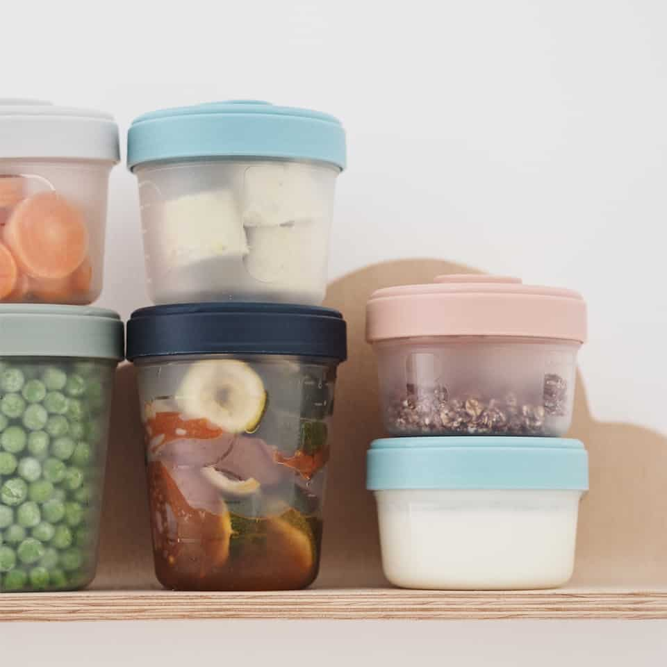 Beaba clip containers with food inside